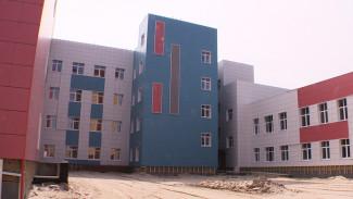 Новая школа со стадионом и теннисным кортом откроется в Воронеже в 2019 году