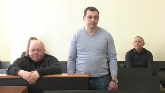 Экс-полицейские из Воронежской области предстали перед судом за штраф бизнесмену