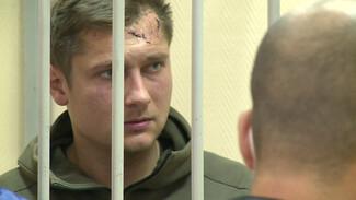 Устроивший ДТП с 2 погибшими в Воронеже водитель расплакался в суде