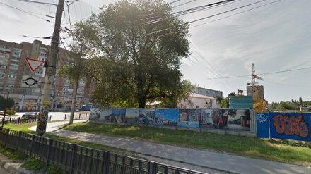 У строящегося жилкомплекса в Воронеже рабочего засыпало землёй