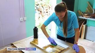 «Провела детство в лесу». Жительница Воронежа открыла мастерскую из-за любви к деревьям