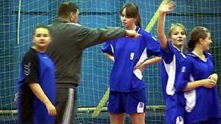 В Воронеже стартовал турнир по гандболу среди девушек