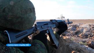 На полигоне под Воронежем мотострелки устроили громкие учения