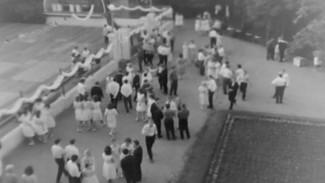Шахматы с шампанским. Как праздновали выпускные в советском Воронеже