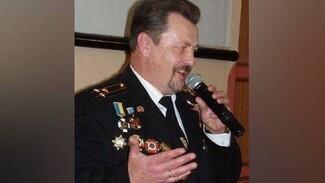 Ветеран МЧС из Севастополя посвятил музыку работникам пожарной охраны