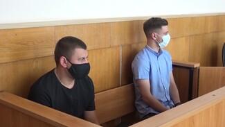 Обвиняемые в ДТП с тремя погибшими воронежские водители вновь оказались в суде