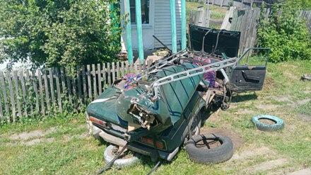 Попавших в ДТП с трактором детей экстренно доставили в воронежскую больницу на вертолёте