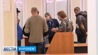 «Госномера делали в фотошопе». Как инспекторы ДПС зарабатывали на подставных ДТП в Воронеже