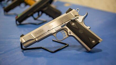 Оружейные магазины в Воронеже открыли после задержания подрывника-убийцы
