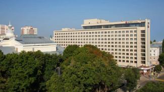 Власти вновь попробуют продать два этажа отеля Azimut в Воронеже