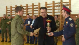 Верхнемамонские кадеты победили в военно-спортивной игре