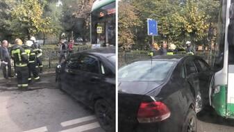 В ДТП с маршруткой №5а в Воронеже пострадала 38-летняя пассажирка
