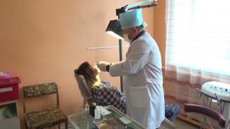 Стоматолог и терапевт. В обновлённой больнице в воронежском посёлке остались всего два врача