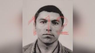 Подозреваемого в убийстве семьи и взрыве отдела полиции в Воронежской области задержали