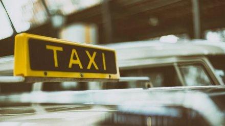 В Воронежской области вооружённые мужчины похитили таксиста
