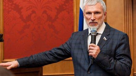 Воронежский депутат Госдумы предложил отменить пошлину за первый паспорт