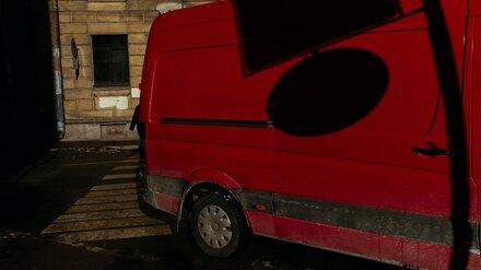 Семь пассажиров микроавтобуса пострадали в ДТП с грузовиком в Воронежской области