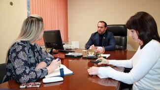 Воронежский депутат провёл юридические консультации для избирателей