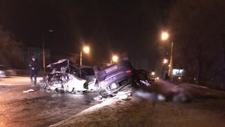 Лихач на BMW ответит в суде за пьяное ДТП с двумя погибшими в Воронеже