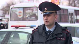 Глава воронежской ГИБДД попросил о фиксированной зарплате для маршрутчиков