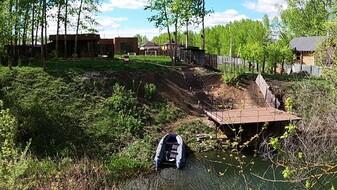 Убитые дороги и куча мусора рядом. Воронежцам показали коттедж за 40 млн рублей