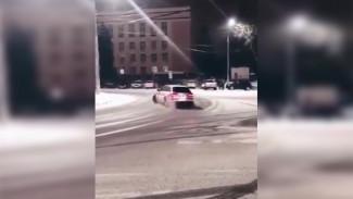 В Воронеже накажут автомобилиста, устроившего дрифт у ВГУ