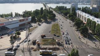 Рабочие досрочно завершили ремонт у Чернавского моста, избавив воронежцев от пробок