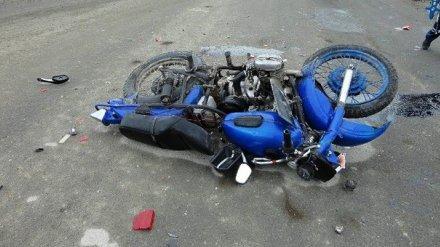 В воронежском селе пьяный мопедист погиб в ДТП с легковушкой