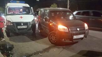 Два медика из машины скорой помощи пострадали в ДТП на Московском проспекте в Воронеже