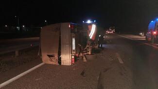 Три человека пострадали в ДТП с фурой и грузовиком в Воронежской области