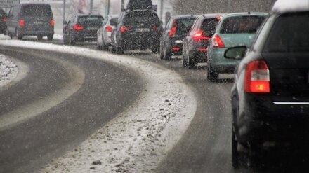 После первого зимнего снегопада Воронеж встал в 9-балльных пробках