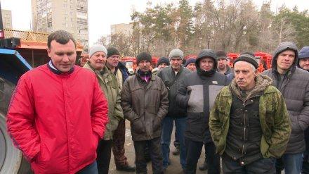В Воронеже возмущённые условиями работы коммунальщики устроили забастовку