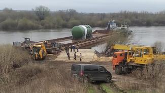 Атомный реактор для Курской АЭС-2 проплыл по Дону через Воронежскую область