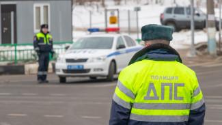 В Воронежской области пьяный мужчина сломал палец полицейскому