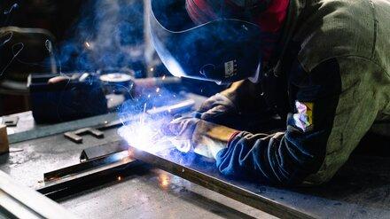 Газосварщика зажало между плитами на воронежском заводе