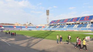Воронежские власти предложили помощь в ремонте поля на стадионе Профсоюзов