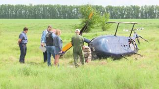 Закрутило и опрокинуло. Что известно о жёсткой посадке вертолёта в поле под Воронежем