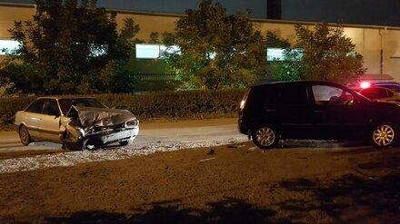 Две женщины пострадали в ДТП с иномаркой в Воронеже