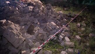 Погибших под завалами пятиклассников похоронили рядом в воронежском селе