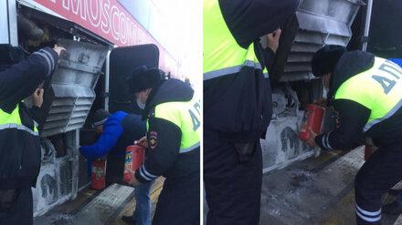 На трассе М-4 «Дон» в Воронежской области загорелся автобус с пассажирами