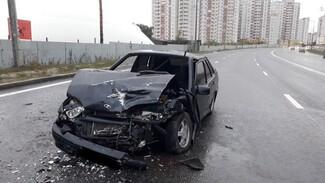 Четыре человека попали в больницу после массового ДТП в Воронеже