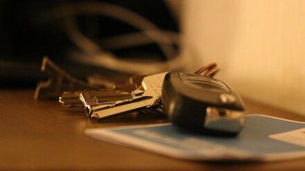 Житель Воронежской области через суд пытается отбиться от миллионного кредита на машину