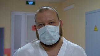 «Помощи можно не дождаться». Спасающий воронежцев с COVID врач записал видеообращение