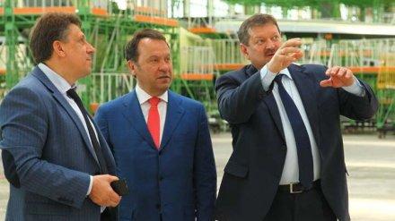 Председатель Центрально-Черноземного банка Владимир Салмин посетил Воронежский авиационный завод