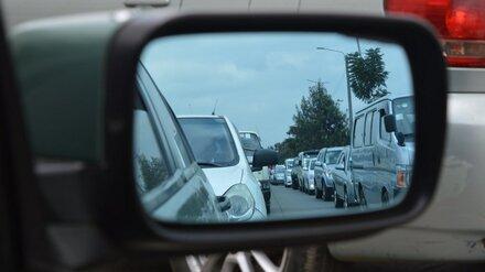 Отправившиеся на юг по трассе «Дон» автомобилисты застряли в пробке в Воронежской области
