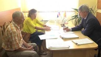 Александр Гусев провёл прием граждан по вопросам переселения