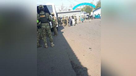 Воронежцы сообщили о скоплении силовиков на оптовом рынке на Левом берегу