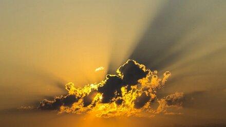 Воронежцев вновь предупредили об опасном солнце