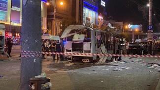 СМИ сообщили о возможной причине взрыва автобуса в центре Воронежа