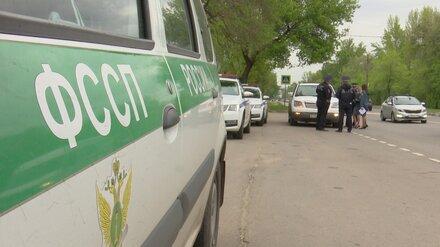 В Воронеже из-за долгов отобрали машины у 4 водителей